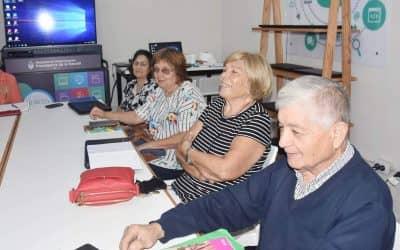 """COMIENZA EL LUNES UN NUEVO TALLER DE """"ADULTOS MAYORES EN LA ERA DIGITAL"""""""