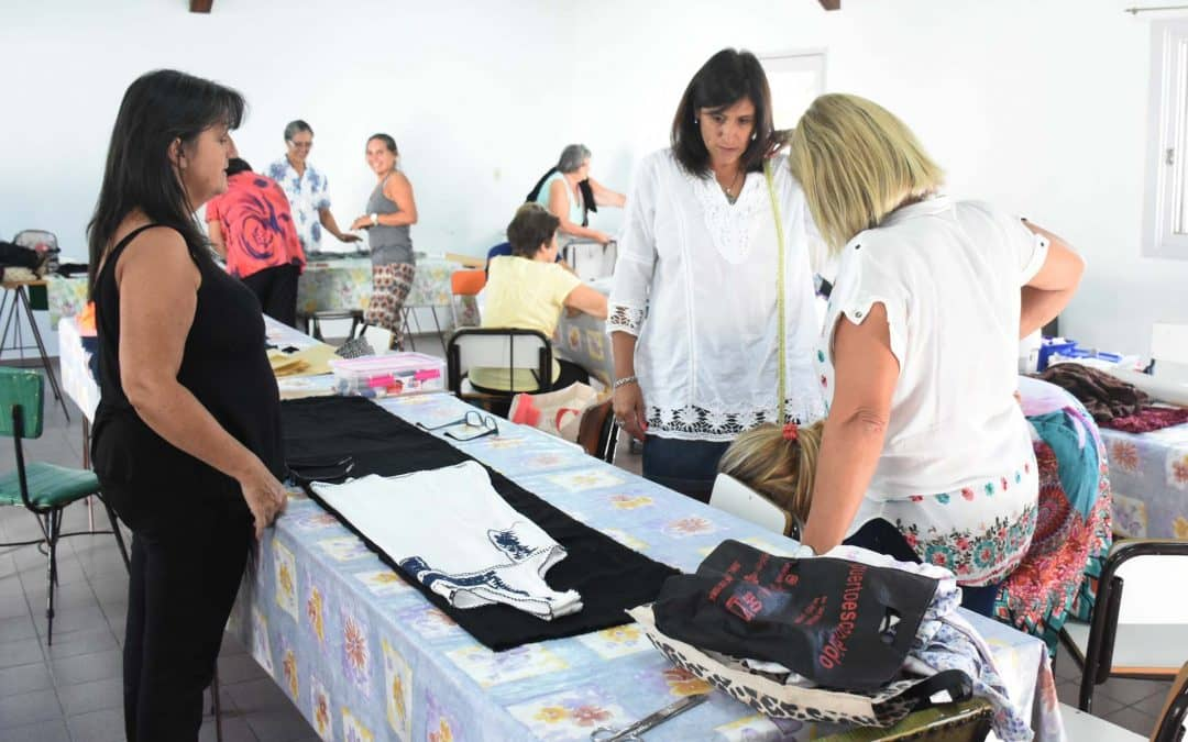 Comenzaron más cursos y talleres de la Escuela Municipal en distintas sedes