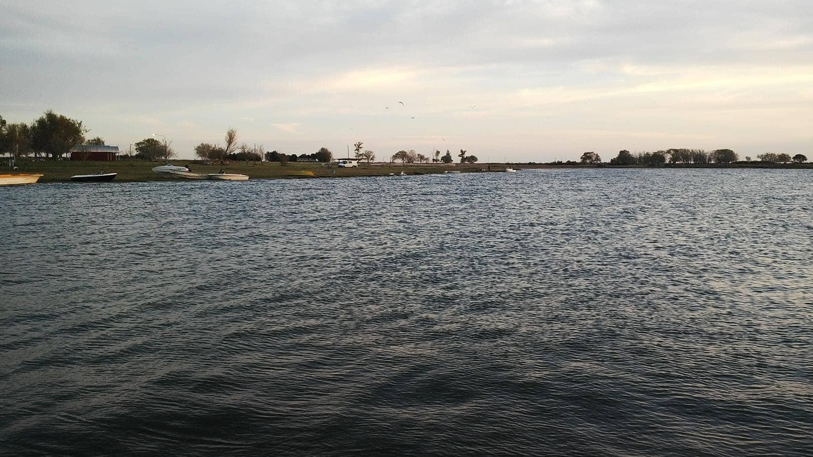 El municipio realiza trabajos en la laguna de cuero de zorro municipalidad de trenque lauquen - Oficina de empleo la laguna ...