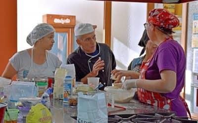 CIEN VECINOS SE INSCRIBIERON EN LOS CURSOS INTENSIVOS DE ELABORACIÓN DE PAN DULCES DE LA ESCUELA MUNICIPAL