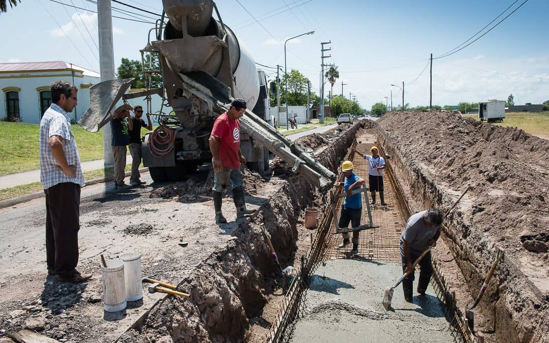 Continúan los trabajos en el desagüe pluvial de la calle Maldonado