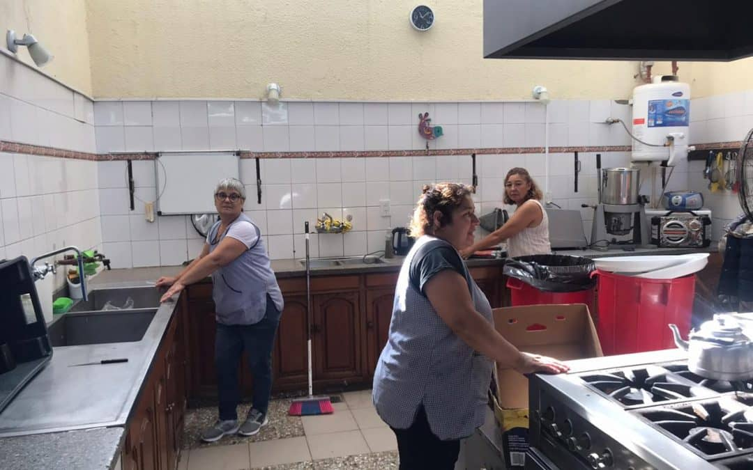 DESARROLLO HUMANO REPARTE VIANDAS Y ENTREGA MERCADERÍA A DOMICILIO