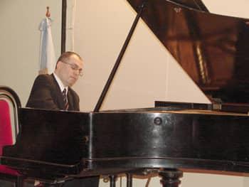 El pianista mart n d az se presentar en el teatro espa ol municipalidad de trenque lauquen - Oficina del consumidor bilbao ...