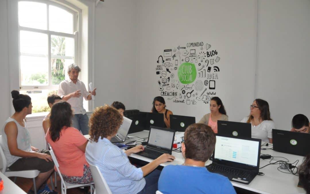 Inició el taller de Diseño Web en el Club Social de Innovación