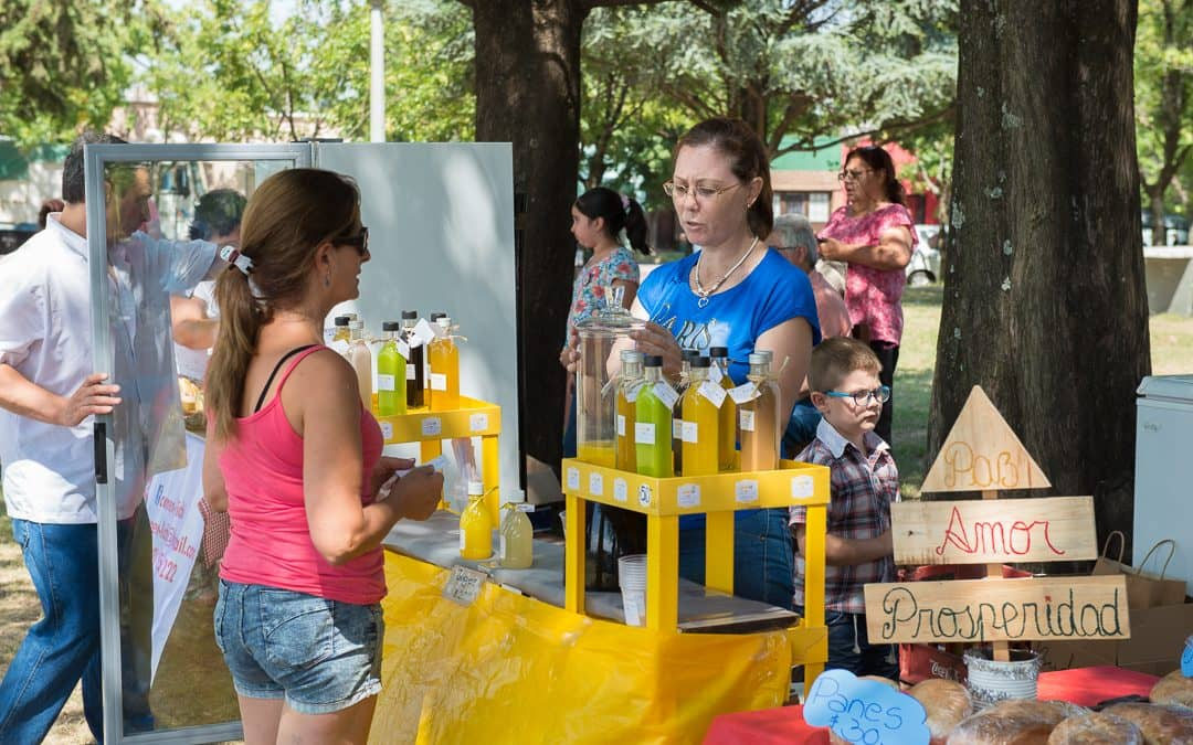 Se realizó una nueva Feria EcoFines en la plazoleta Brown