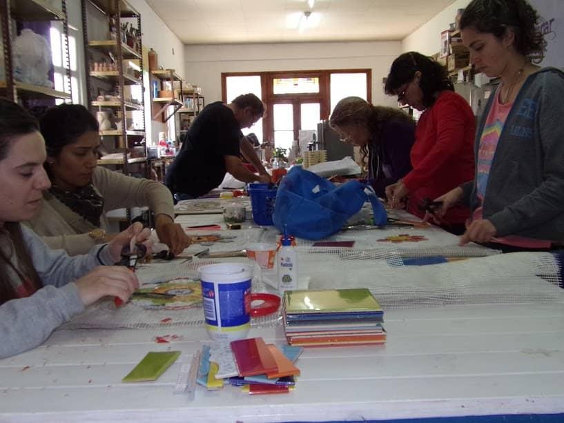 Continúan algunos talleres culturales durante el verano