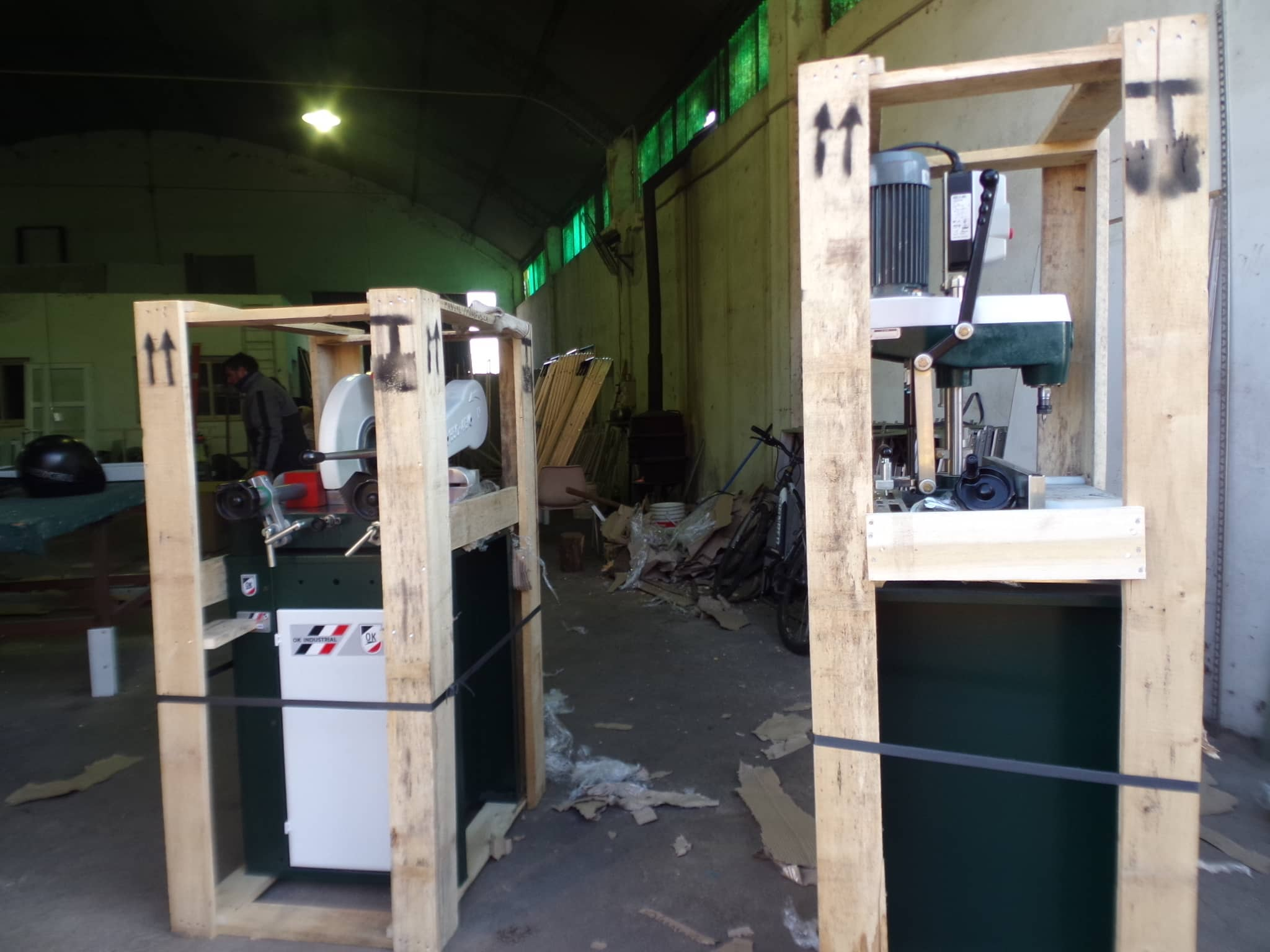 El Municipio adquirió máquinas para la fábrica de aluminio