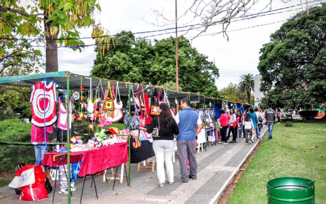 Desde este jueves habrá feria de artesanos y patio de comidas en Plaza San Martín