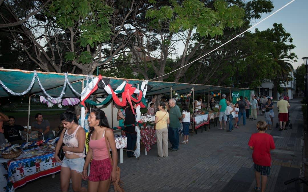 Hoy (viernes) habrá feria de artesanos y patio de comidas en Plaza San Martín