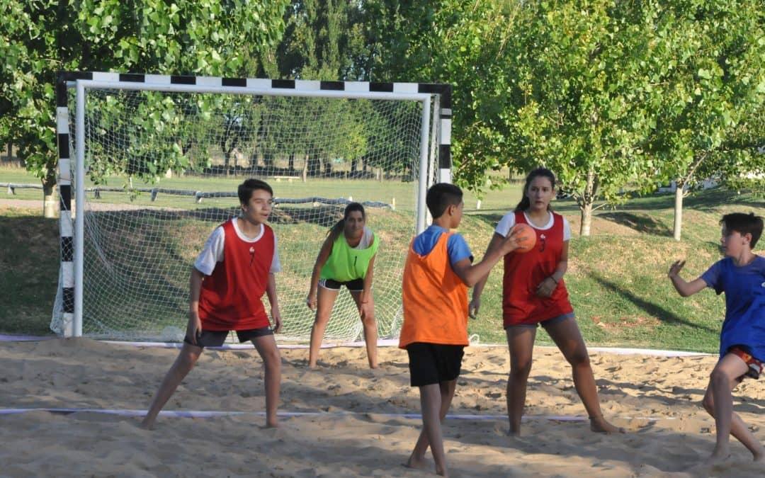 Reencuentro: inició handball beach y cesto beach