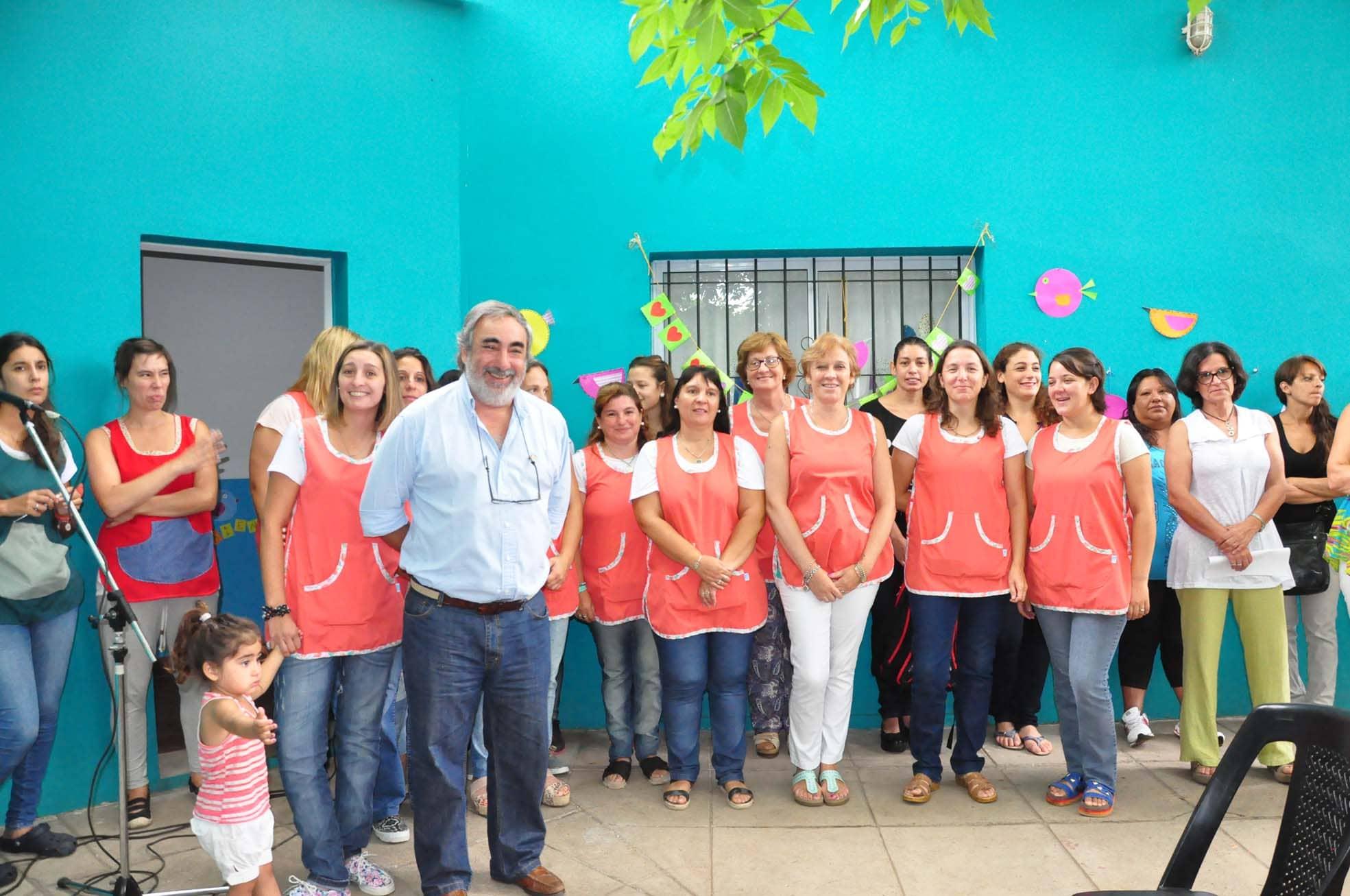 Se inauguró el ciclo 2016 de los Jardines Maternales