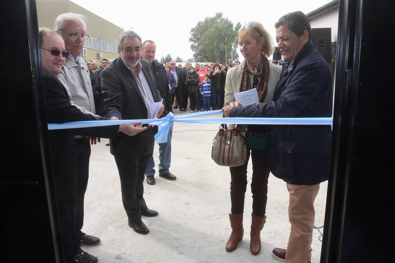 Fernández participó de la inauguración de una obra en el CFP 402
