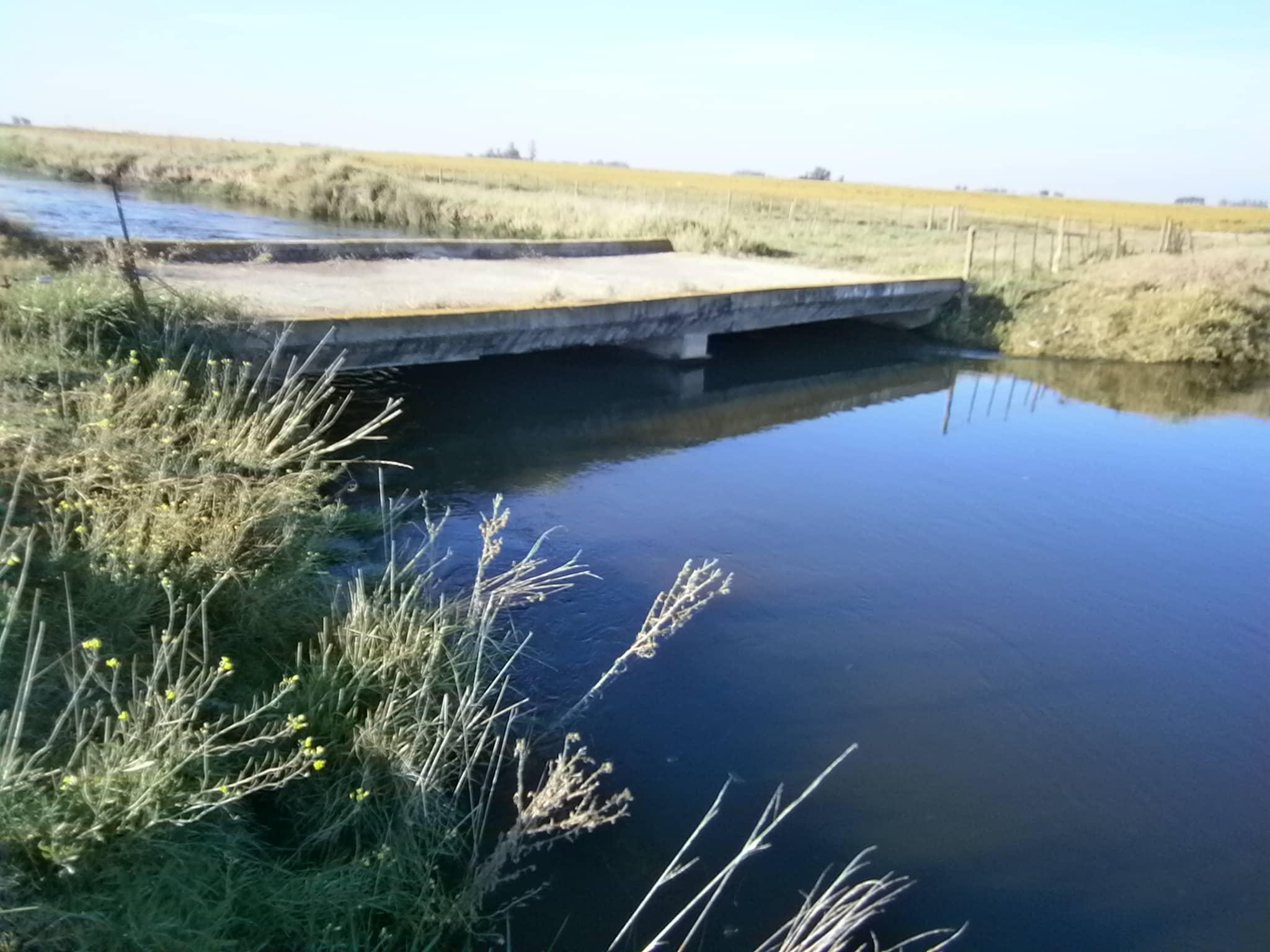 Trabajos de reparación en el Canal Cuero de Zorro