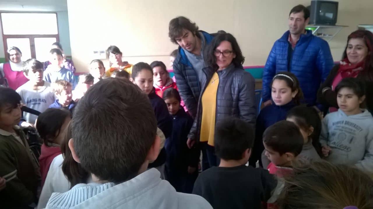 Juegos, regalos y sorteos para los chicos en Casa del Niño