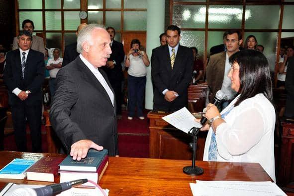 El intendente Feito juró en el Concejo