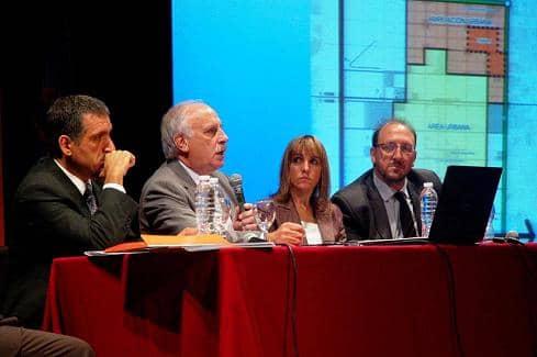 Feito y Carabelli disertaron sobre Ampliación Urbana