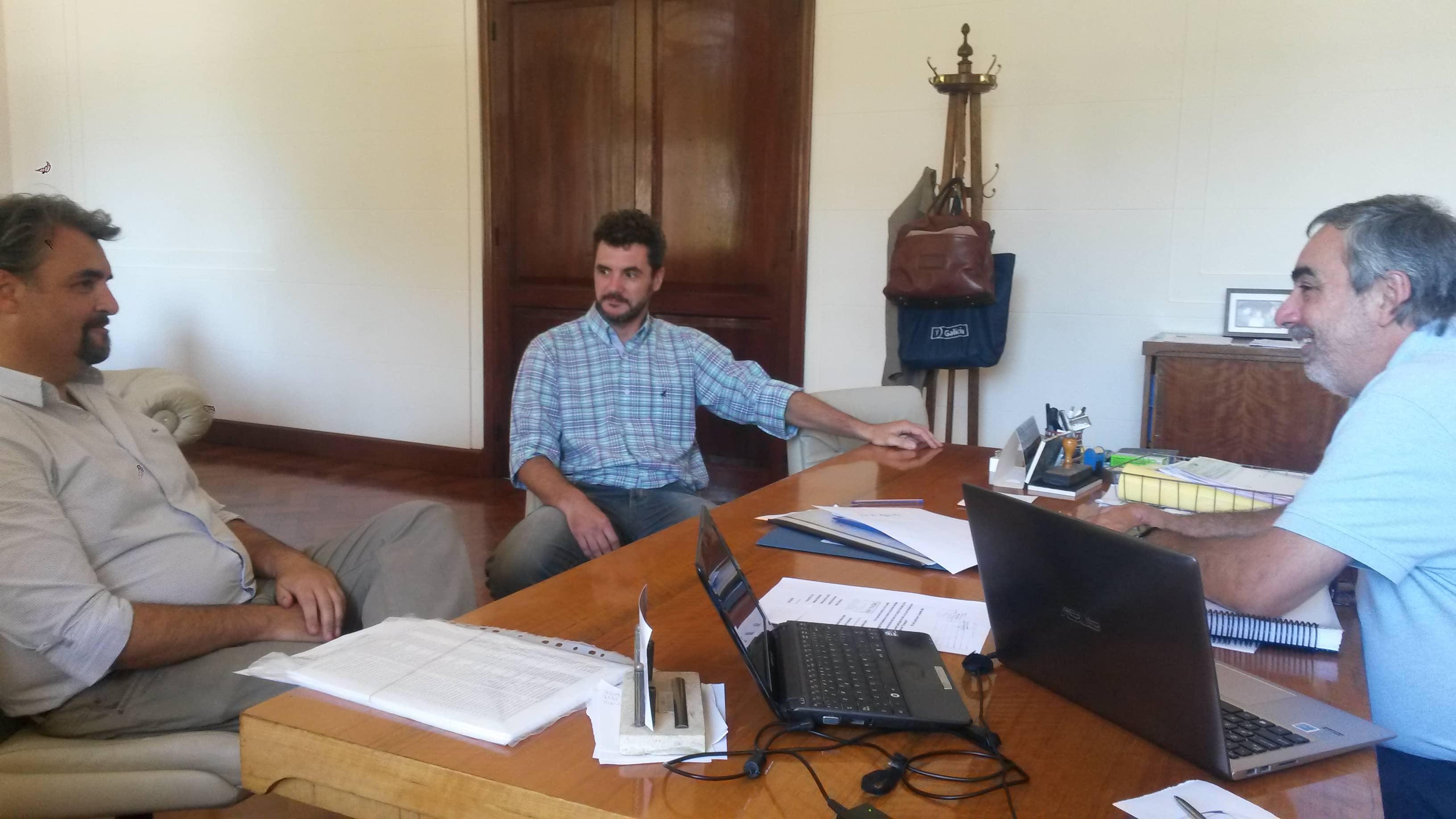 Fernández se reunió con funcionarios provinciales