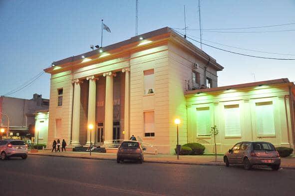 Nueva iluminación de la fachada del Municipio