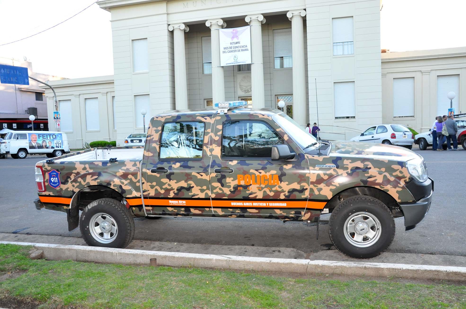 Una camioneta para patrulla rural