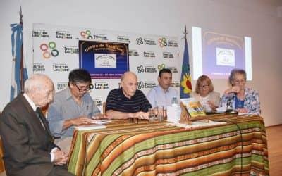 EL CENTRO DE ESCRITORES DOMINGO CICORIA PRESENTÓ EL 27º POEMARIO TRENQUELAUQUENSE EN EL CENTRO CIVICO