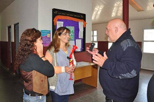 Práctica de evacuación en Escuela 501