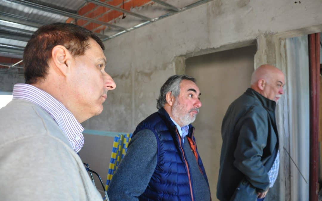 Fernández y Casaprima recorrieron el Hospital y proyectaron la obra de la Guardia e Imágenes