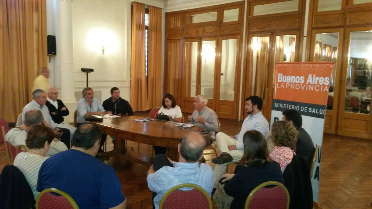 Fernández participó de una reunión de Región Sanitaria