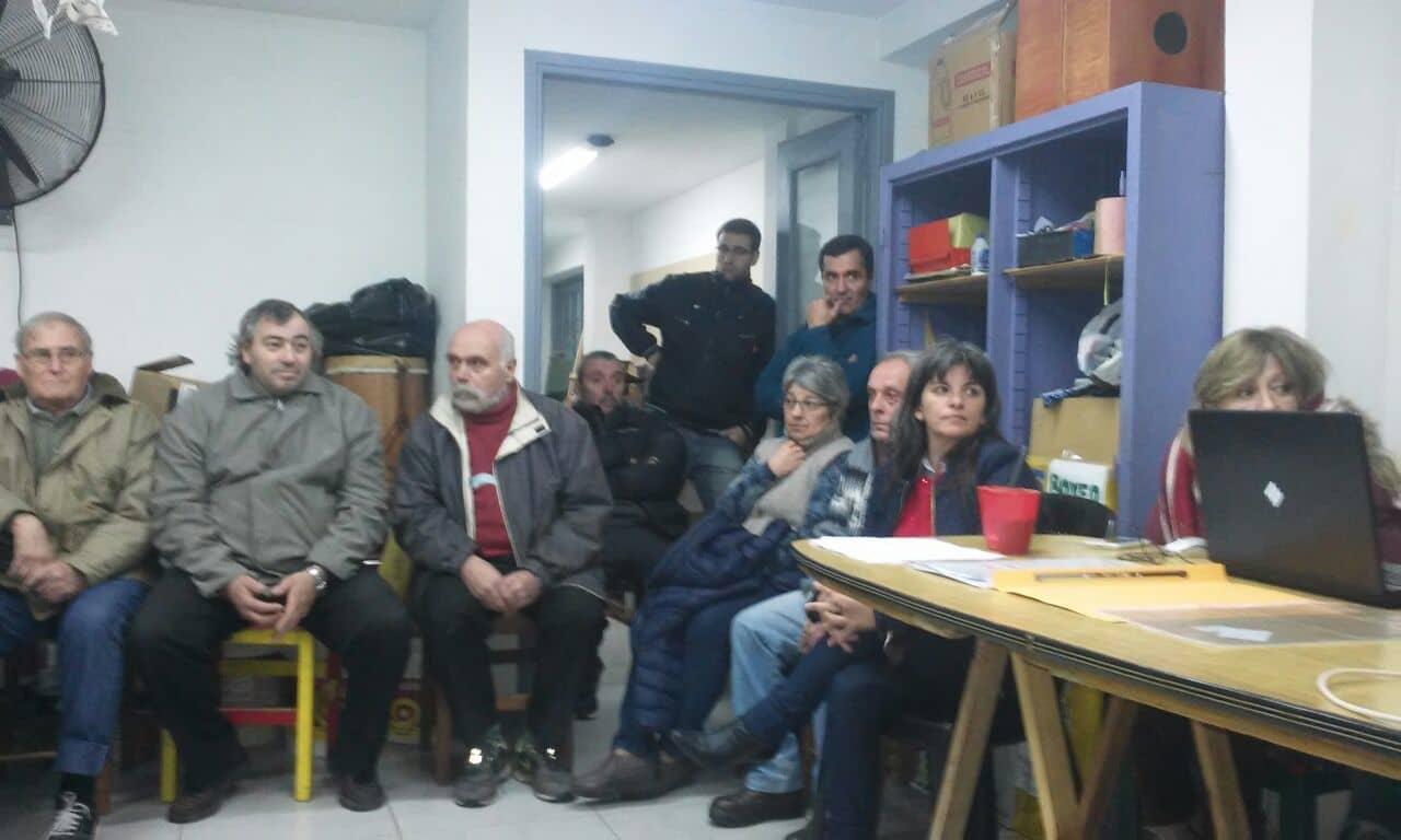 Vecinos del barrio parque se reunieron con autoridades policiales