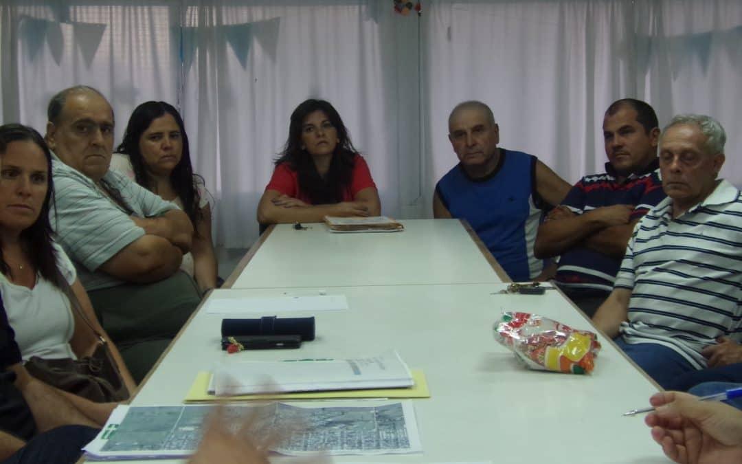 Funcionarios se reunieron con vecinos de los barrios Parque y Güemes