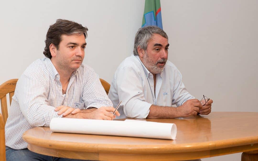 Funcionario de Hidráulica se reunió con productores