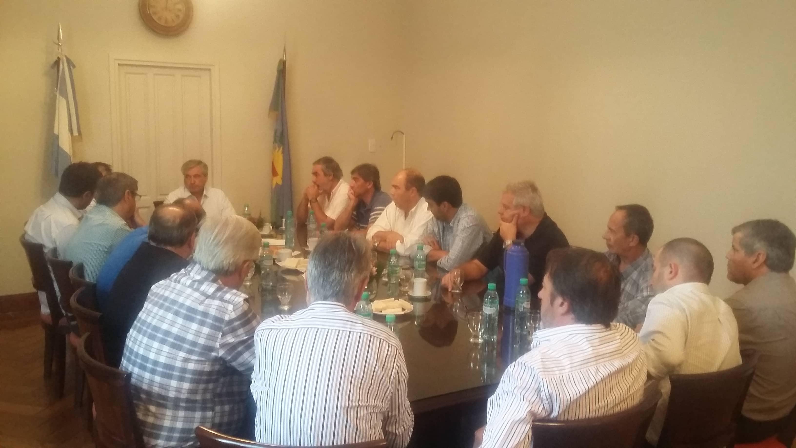Inundaciones: Fernández participó de un encuentro regional