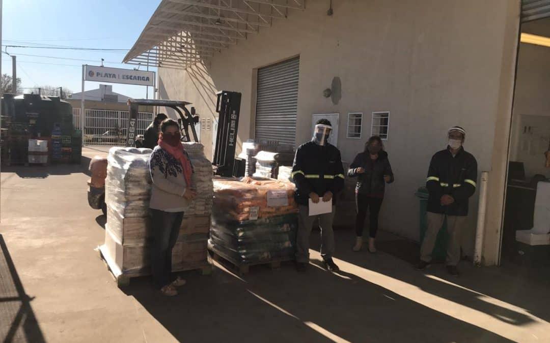 EL MUNICIPIO RECIBIÓ DE LA COOPERATIVA OBRERA UNA IMPORTANTE DONACIÓN DE MERCADERÍA PARA REFORZAR LA AYUDA ALIMENTARIA