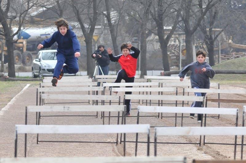 650 chicos en la final de atletismo