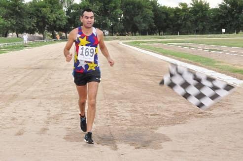 Se realizó con éxito el Triatlón individual y por equipos