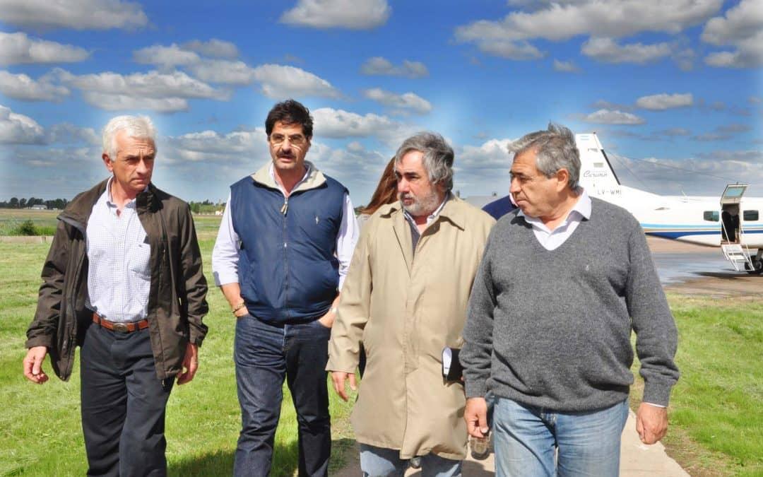 Sarquís sobrevoló zonas inundadas y se reunió con intendentes de la región