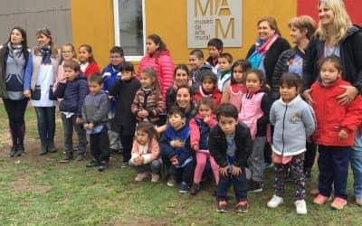 LOS MUSEOS DE ARTE MURAL Y DE LOS CARRUAJES RECIBIERON LA VISITA DE LAS ESCUELAS RURALES DEL PARAJE SAN EDUARDO Y LAS GUASQUITAS