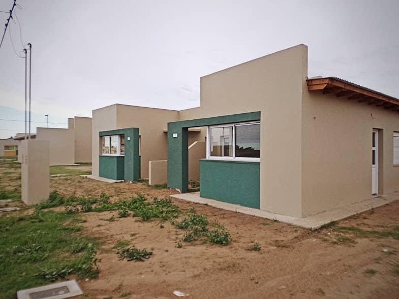 El Municipio pinta las viviendas del círculo de Policías